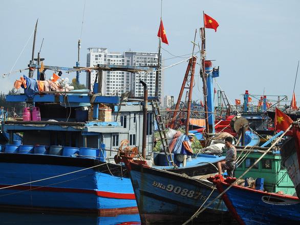 Đà Nẵng cấm ra đường từ 20h hôm nay, toàn bộ lao động nghỉ làm ngày 28-10 - Ảnh 1.