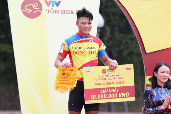 Tuấn Kiệt rút thắng Nguyệt Minh nửa bánh xe - Ảnh 2.