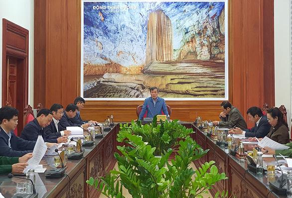 Đại hội Đảng bộ tỉnh Quảng Bình rút ngắn thời gian họp để chống bão - Ảnh 1.