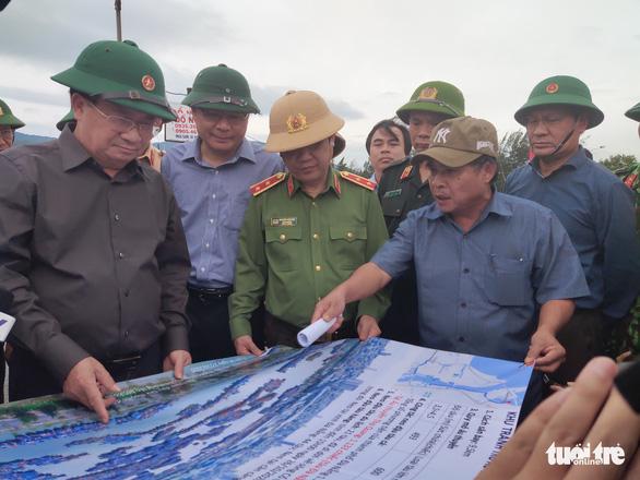 6 tỉnh miền Trung sơ tán 313.000 dân trước 18h hôm nay - Ảnh 2.