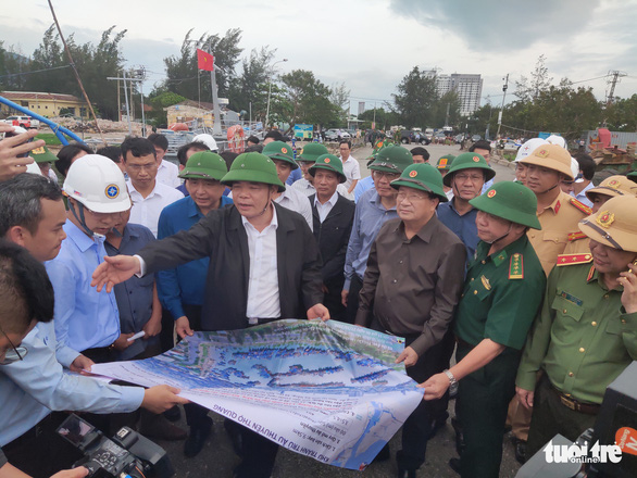 6 tỉnh miền Trung sơ tán 313.000 dân trước 18h hôm nay - Ảnh 1.