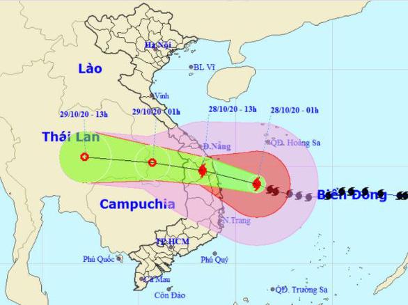 4h sáng nay 28-10, bão số 9 cách Phú Yên 195km, giật cấp 16 - Ảnh 2.