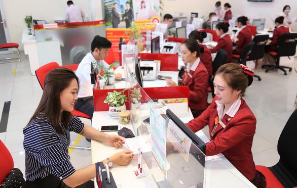 Cơ hội nhận quà thưởng lên đến 7,5 tỉ đồng khi đồng hành cùng HDBank - Ảnh 1.