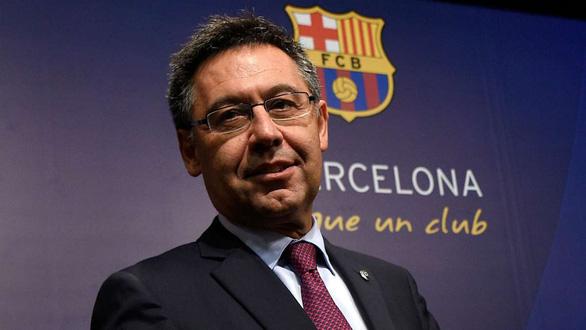 Chủ tịch Barca Josep Maria Bartomeu từ chức - Ảnh 1.
