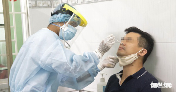 TP.HCM tiếp tục tìm người tiếp xúc với chuyên gia Hàn Quốc nhiễm COVID-19 - Ảnh 1.