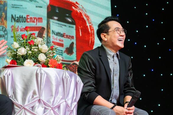 NSƯT Thành Lộc: 'Ở tuổi ngoài 50, tôi sợ nhất đột qụy' - Ảnh 1.