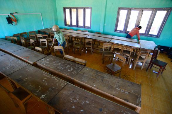 Tan hoang những ngôi trường ở tâm bão Quảng Ngãi - Ảnh 15.