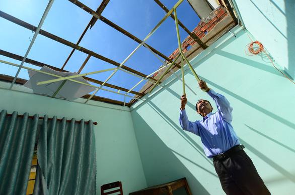Tan hoang những ngôi trường ở tâm bão Quảng Ngãi - Ảnh 16.