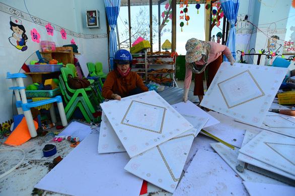 Tan hoang những ngôi trường ở tâm bão Quảng Ngãi - Ảnh 4.