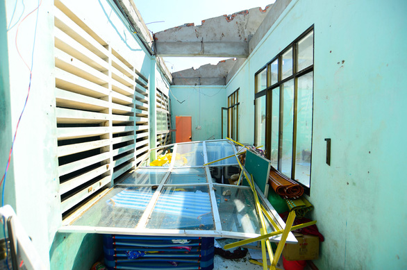 Tan hoang những ngôi trường ở tâm bão Quảng Ngãi - Ảnh 6.