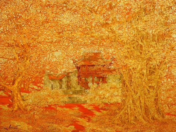 Nguyễn Quốc Huy mất hơn 10 năm mang mây mù, hơi ẩm vào tranh sơn mài - Ảnh 8.