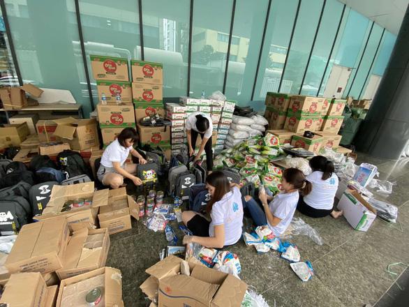 Hơn 1.000 nhân viên Công ty Vịnh Thiên Đường sẻ chia cùng miền Trung - Ảnh 2.