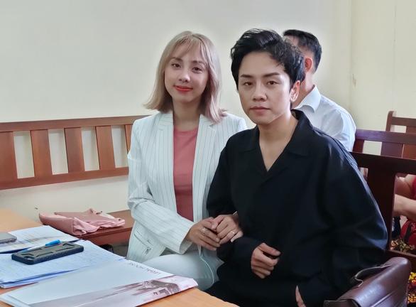 Miko Lan Trinh phải bồi thường 60 triệu đồng cho công ty ông bầu Hoàng Vũ - Ảnh 1.