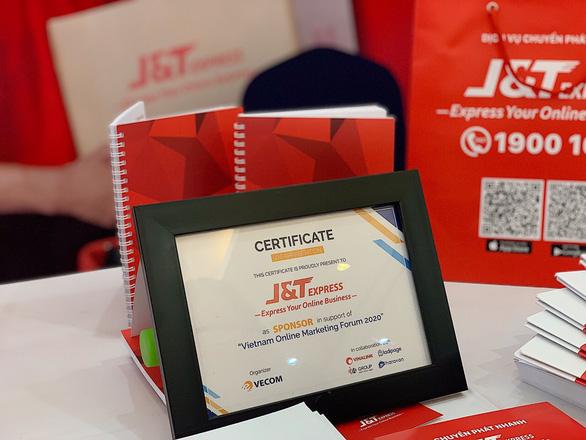 J&T Express đồng hành cùng Hiệp hội Thương mại Điện tử Việt Nam - Ảnh 1.