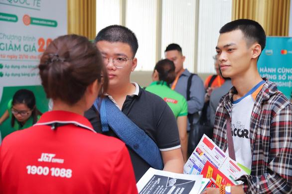 J&T Express đồng hành cùng Hiệp hội Thương mại Điện tử Việt Nam - Ảnh 5.