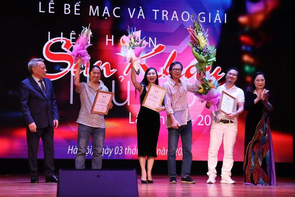Kịch của Xuân Trình, Lưu Quang Vũ cùng giành giải vàng - Ảnh 2.