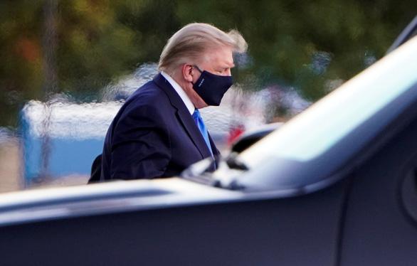 Bác sĩ của Nhà Trắng: Ông Trump nói thấy khỏe và đòi xuất viện - Ảnh 1.