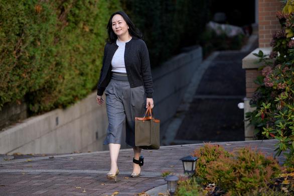 Tòa Canada xử kết quả có lợi cho công chúa Huawei Mạnh Vãn Chu - Ảnh 1.