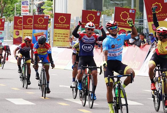 Lê Nguyệt Minh chiến thắng tại phố biển Quy Nhơn - Ảnh 2.
