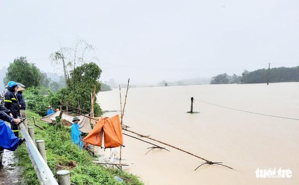 Nghệ An có 5 người chết và mất tích do mưa lũ - Ảnh 1.