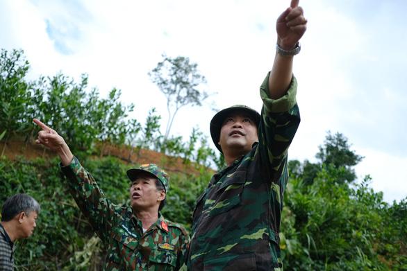 Nóng ruột chờ bay cứu trợ gần 3.000 dân Phước Sơn - Ảnh 1.