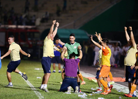 Bình Định đoạt vé thăng hạng V-League - Ảnh 3.