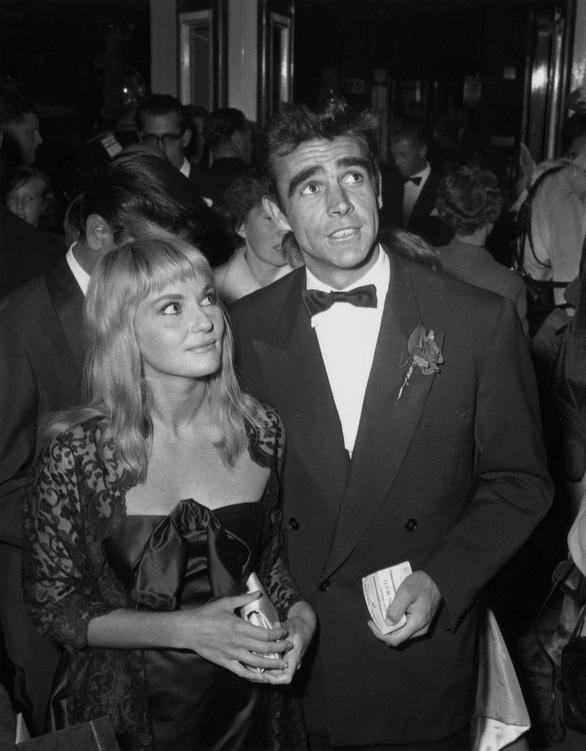 Diễn viên Sean Connery - James Bond đầu tiên - qua đời ở tuổi 90 - Ảnh 5.