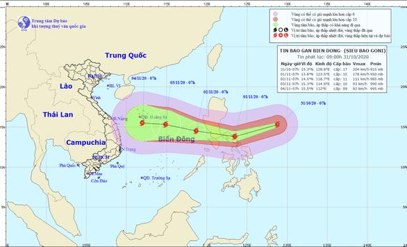 Siêu bão Goni mạnh cấp 17 đang hướng vào Biển Đông - Ảnh 1.
