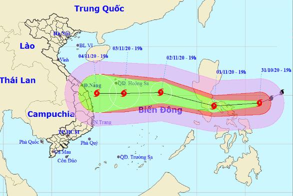 Ngày 2-11 siêu bão Goni vào Biển Đông, tâm bão cách Hoàng Sa 470km - Ảnh 1.