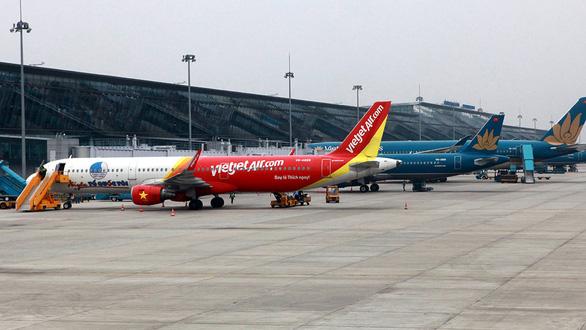 Có nên xây sân bay thứ hai ở Hà Nội? - Ảnh 1.