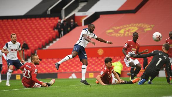 Mắc nhiều sai lầm, Man Utd thảm bại 1-6 trước Tottenham - Ảnh 2.
