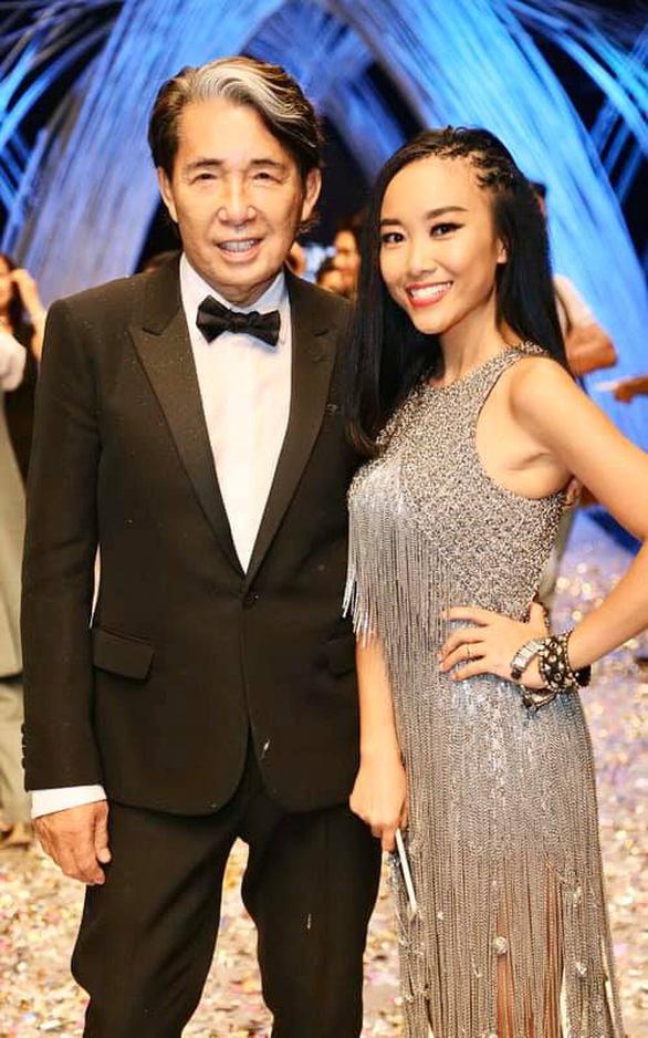 Nhà thiết kế Kenzo qua đời vì COVID-19, giới thời trang Việt thương tiếc - Ảnh 2.