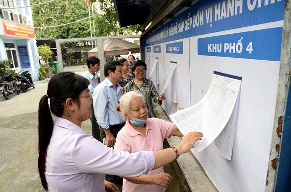 Đa số cử tri TP.HCM đồng ý phương án sáp nhập phường - Ảnh 1.