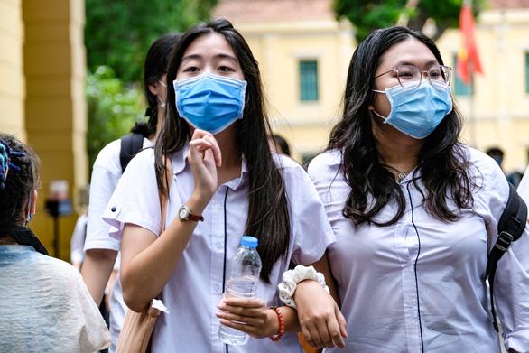 Bắc Ninh xét nghiệm COVID-19 cho toàn bộ 16.000 thí sinh thi tốt nghiệp THPT - Ảnh 1.