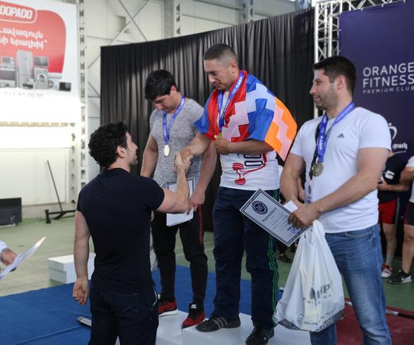 Nhà vô địch cử tạ Armenia thiệt mạng trong giao tranh ở Nagorno-Karabakh - Ảnh 2.
