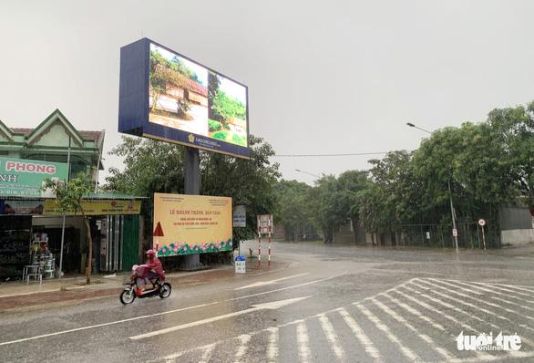 Saigontourist khánh thành bảng chỉ dẫn về quê hương Chủ tịch Hồ Chí Minh - Ảnh 2.