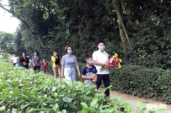 Saigontourist khánh thành bảng chỉ dẫn về quê hương Chủ tịch Hồ Chí Minh - Ảnh 3.