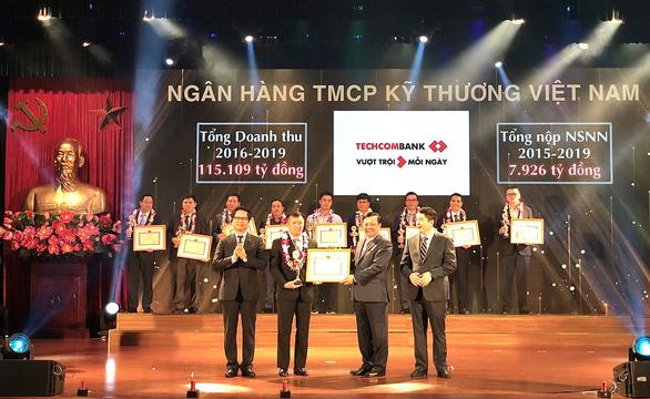 Techcombank vào top 30 doanh nghiệp nộp thuế xuất sắc toàn quốc - Ảnh 1.