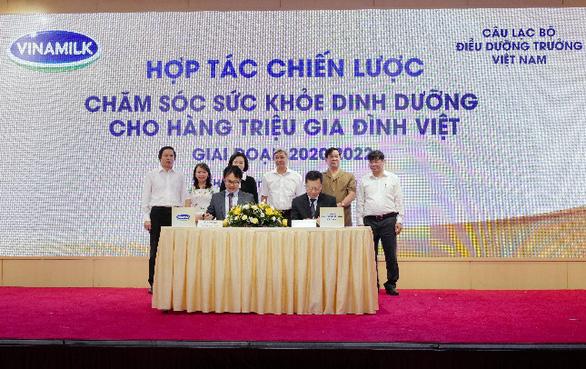 Vinamilk hợp tác quốc tế vì sức khỏe người Việt - Ảnh 1.