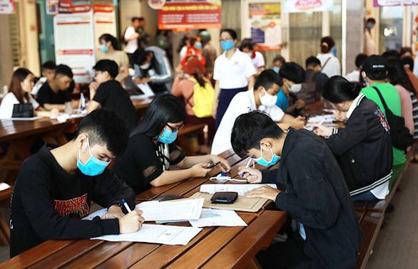 Lựa chọn trường đại học uy tín để học các ngành Y - Dược - Điều dưỡng - Ảnh 2.