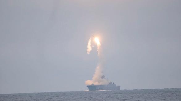 Nga phóng thử thành công tên lửa siêu thanh, mừng sinh nhật ông Putin - Ảnh 2.