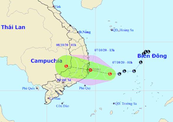 Chiều nay 7-10, áp thấp vào vùng biển Phú Yên - Khánh Hòa, gió giật cấp 8 - Ảnh 1.