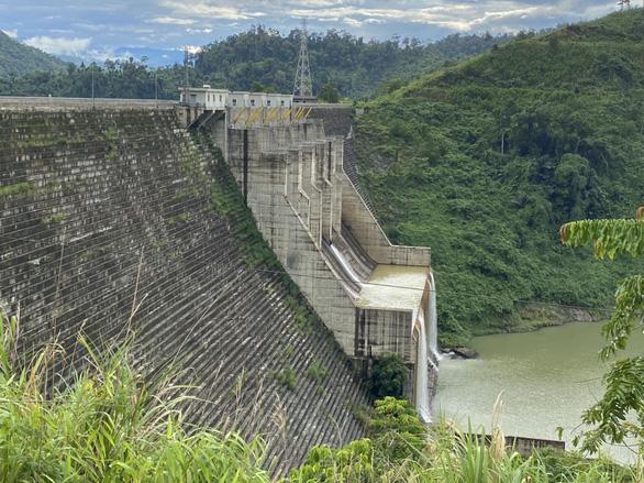 Quảng Nam yêu cầu các thủy điện vận hành điều tiết mực nước hồ chứa - Ảnh 1.