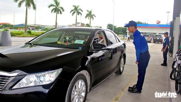 Mở cửa thị trường xăng dầu cho vốn ngoại, dân được lợi - Ảnh 1.