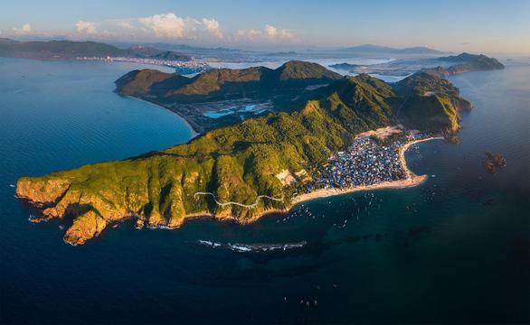 Du lịch khởi sắc, bất động sản nghỉ dưỡng Bình Định tăng tốc đón sóng - Ảnh 2.