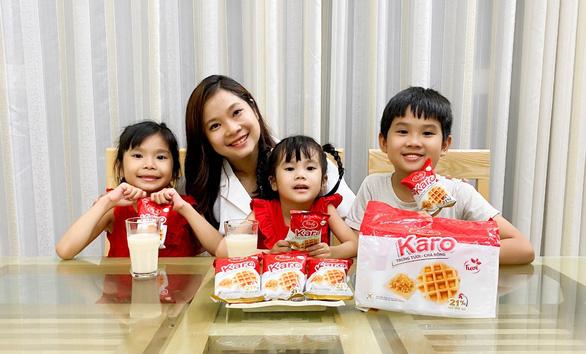 Bánh Karo trứng tươi chà bông - Món ăn nhẹ dinh dưỡng cho cả gia đình - Ảnh 3.