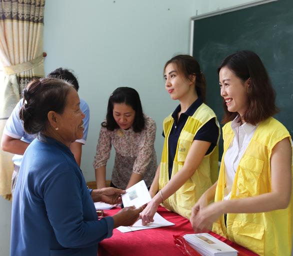 CapitaLand trao học bổng và quà cho hơn 1.400 học sinh - Ảnh 3.