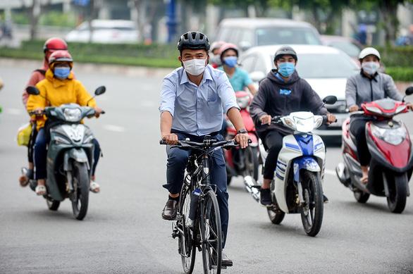 TP.HCM giải bài toán kẹt xe từ... xe đạp - Ảnh 2.