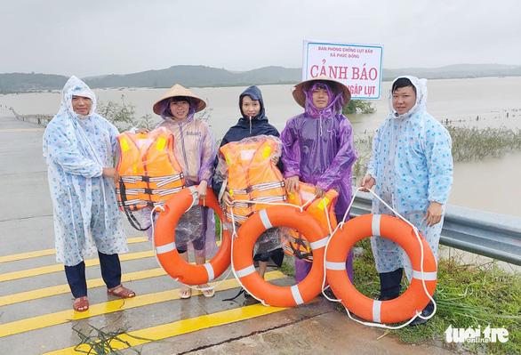 5 xã ở huyện miền núi Hà Tĩnh bị cô lập do mưa lũ - Ảnh 3.