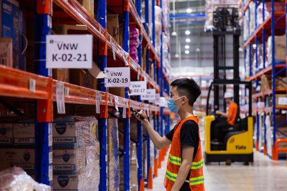 Doanh nghiệp toàn cầu ngày càng đẩy mạnh trên kênh thương mại điện tử - Ảnh 2.